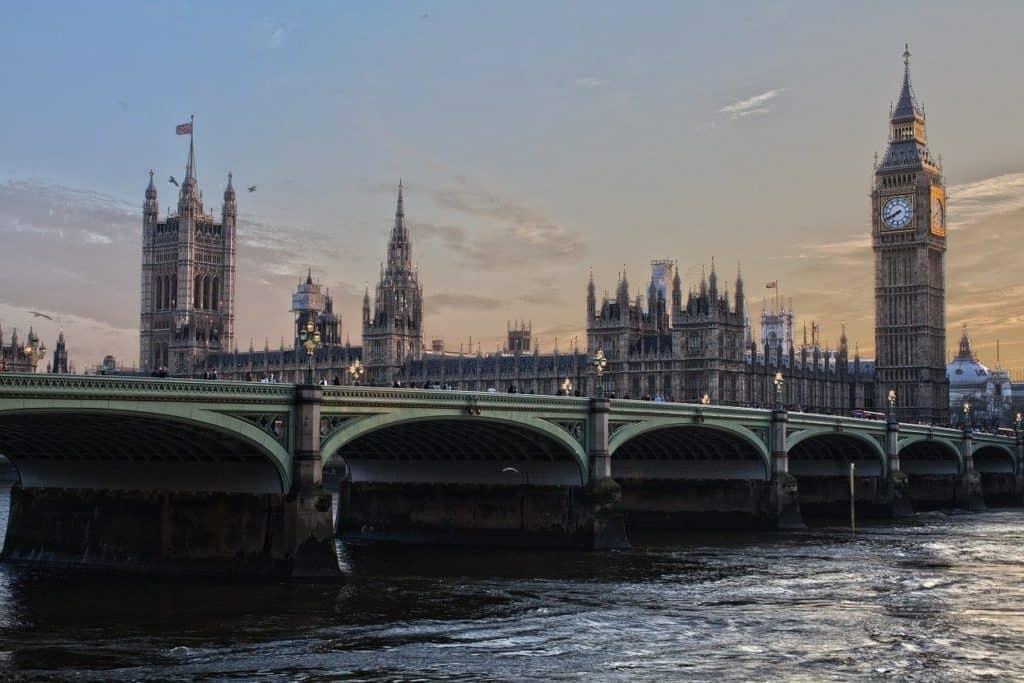 big ben london bridge